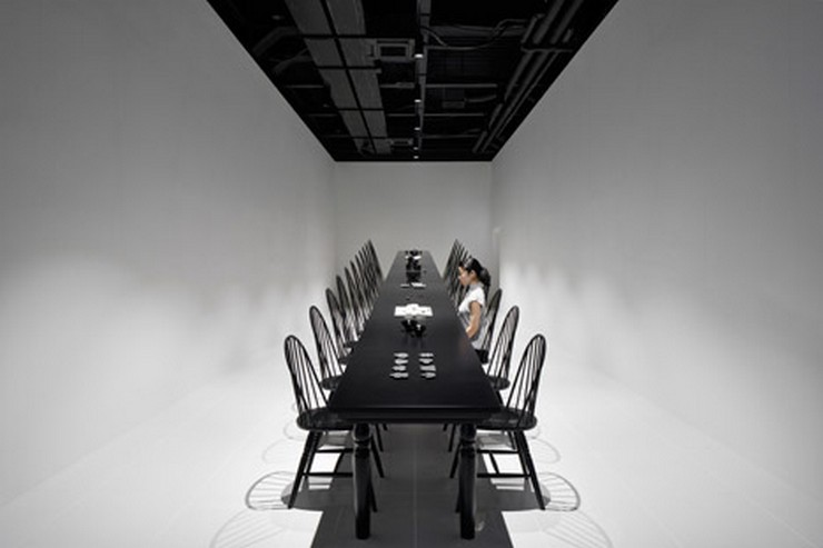 The Crazy Dining Room Optical Illusion by Nendo | This incredible creation was presented at the Milan Expo of 2015, but it's still an iconic statement in the world of design. #opticalillusion #diningtables #diningchairs #diningroom  The Crazy Dining Room Optical Illusion by Nendo The Crazy Dining Room Optical Illusion by Nendo 6