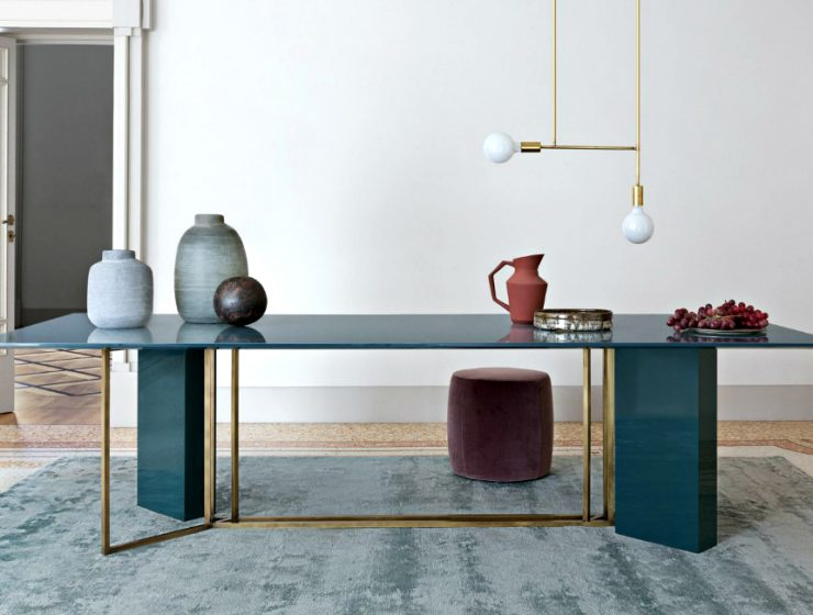 Mesmerizing Sculptural Dining Tables by Meridiani | The well known Italian brand Meridiani, has created an incredible collection. #diningtables #diningroom #homeinteriors  Mesmerizing Sculptural Dining Tables by Meridiani featured 740x560 dining tables & chairs Home page featured 740x560