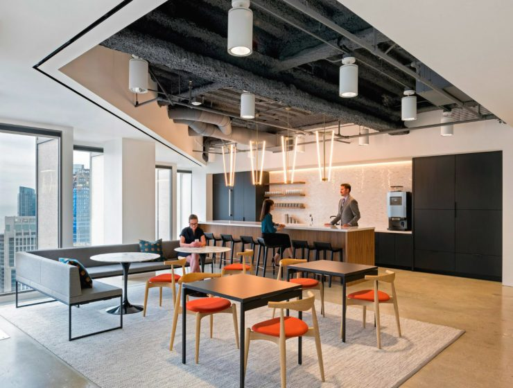 """San Francisco Finance Office Gets a Traditional and Contemporary Look 