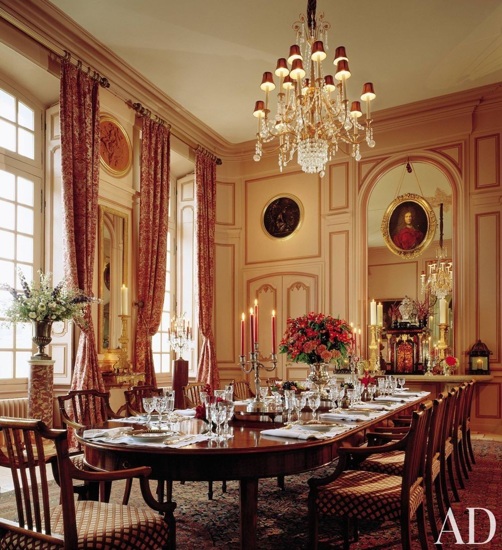 Timothy Corrigan: Classic Dining Rooms With A Royal Touch timothy corrigan Timothy Corrigan: Classic Dining Rooms With A Royal Touch 3 AD