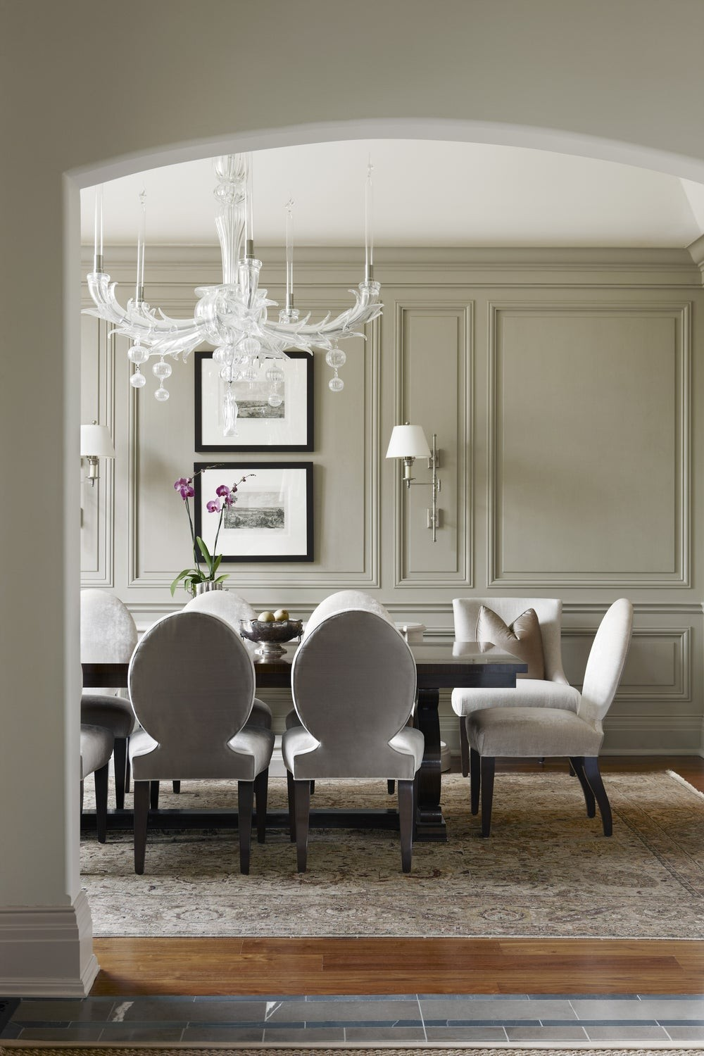 An Unparalleled Devotion to Detail: Dining Rooms by Julie Charbonneau julie charbonneau An Unparalleled Devotion to Detail: Dining Rooms by Julie Charbonneau 1 1stdibs