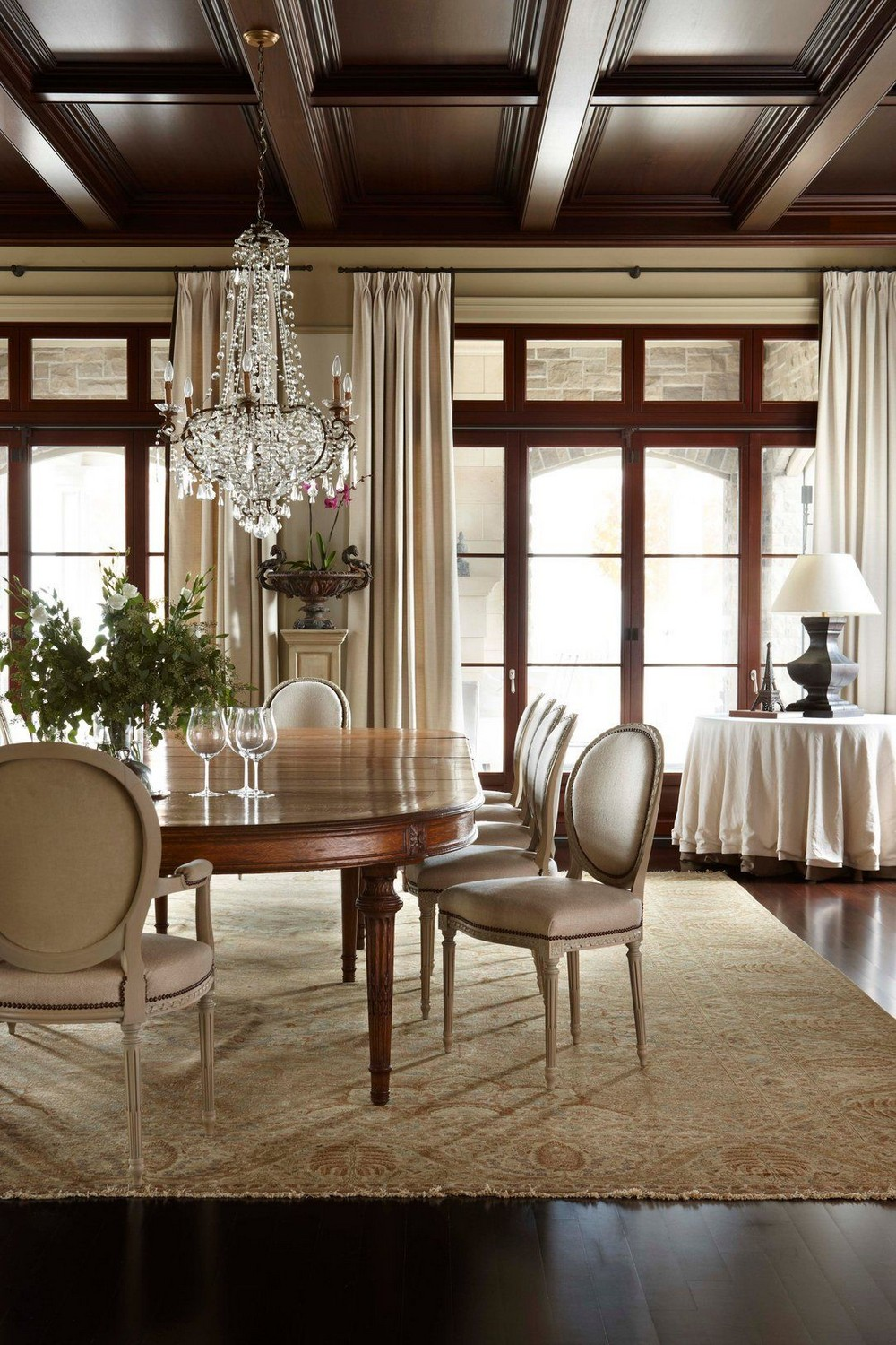 An Unparalleled Devotion to Detail: Dining Rooms by Julie Charbonneau julie charbonneau An Unparalleled Devotion to Detail: Dining Rooms by Julie Charbonneau 4 1stdibs