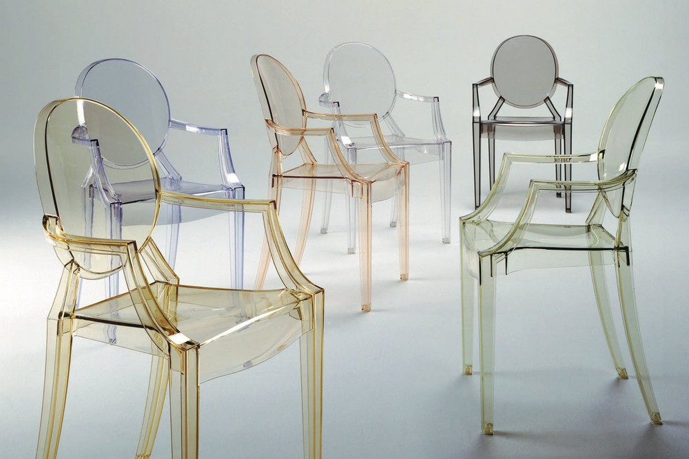 Comfort, Aesthetics and Practicality: Dining Chairs by Philippe Starck philippe starck Comfort, Aesthetics and Practicality: Dining Chairs by Philippe Starck Kartell LouisGhost 02